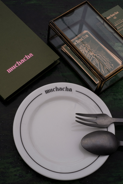 alexia_roux_muchacha_montpellier_logo
